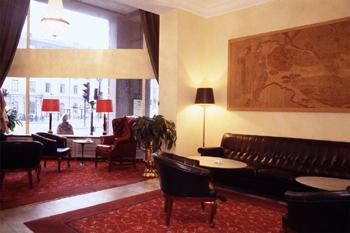 Hotel Terminus lobby